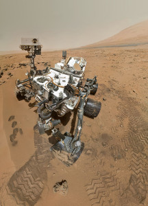 Curiosity using computer vision to move around the Martian surface